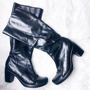 Dansko | Black Leather Knee High Heel Boots